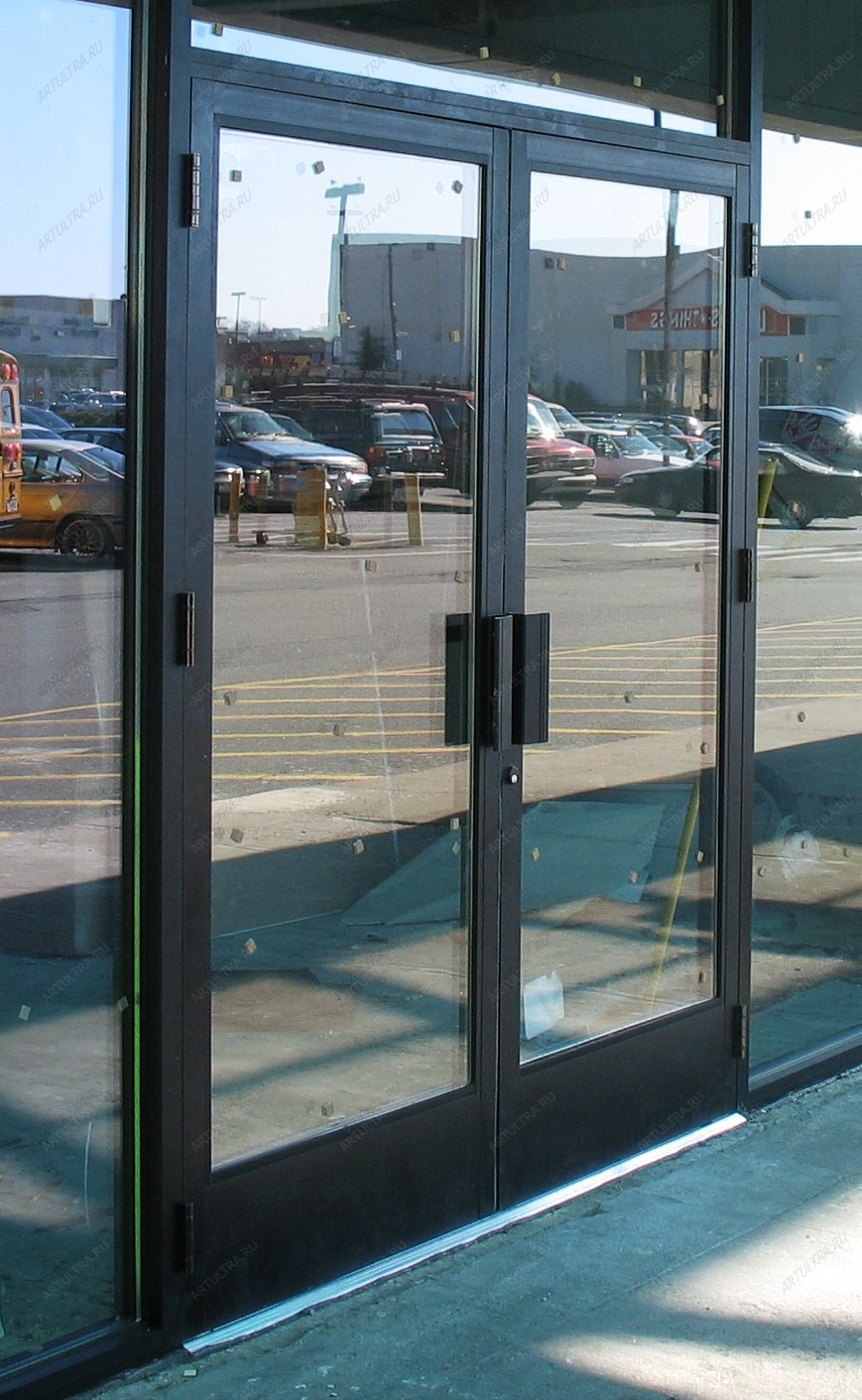 двери входные торговый центр