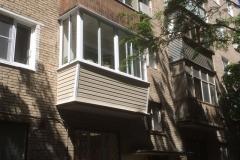 Остекление и отделка балконов